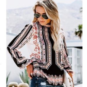 ⚠️RESTOCKED 🎉HP 5/1🎉 Tribal & Floral Blouse